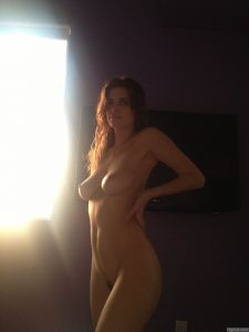 Lake Bell Naked in a Sunlight 3