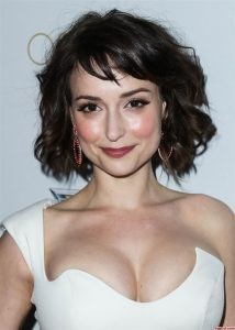 Milana Vayntrub in Sexy Suit Showing Her Cleavage 3
